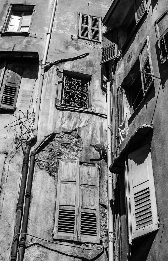 Wall of Windows - Grasse, France